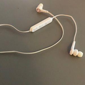 NWOT Cylo Bluetooth Headphones